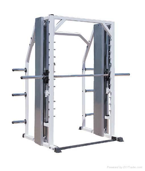 Elevation series ct2047 counter balanced smith machine for 3000 sq ft gym layout