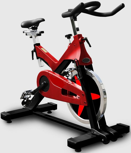 triumph series th3300r red spin bike. Black Bedroom Furniture Sets. Home Design Ideas