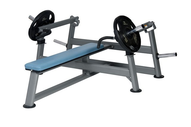 Ind.-Conv.-Flat-Chest-Press-TH6705_M